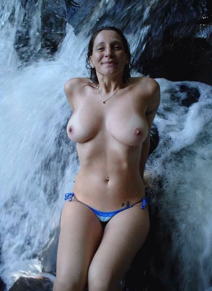 bikini topless stories