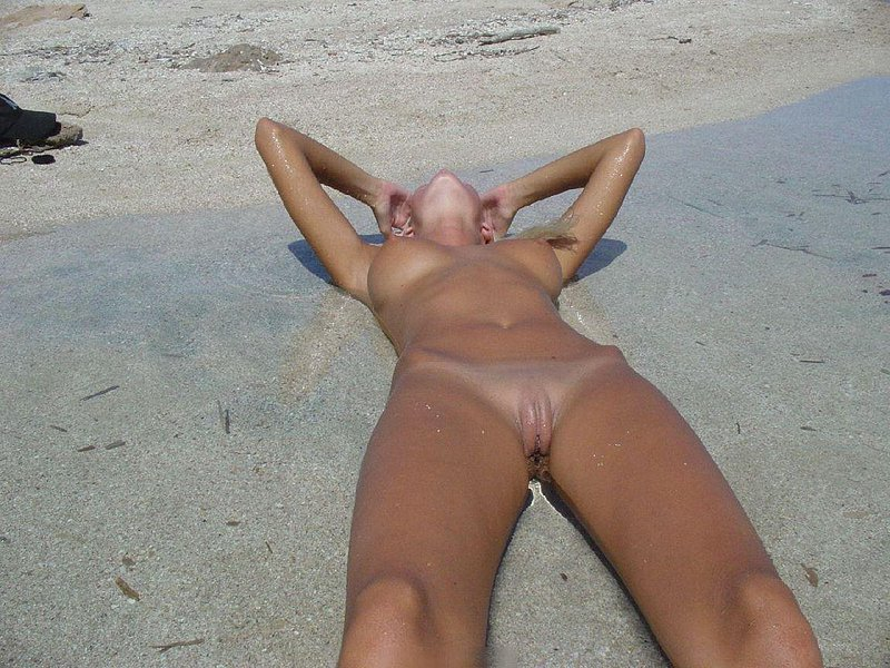 naked coeds bald cunt selfpic