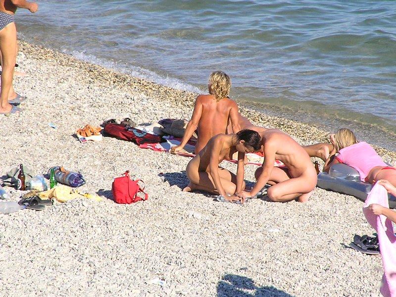 нудистов алушты пляж порно