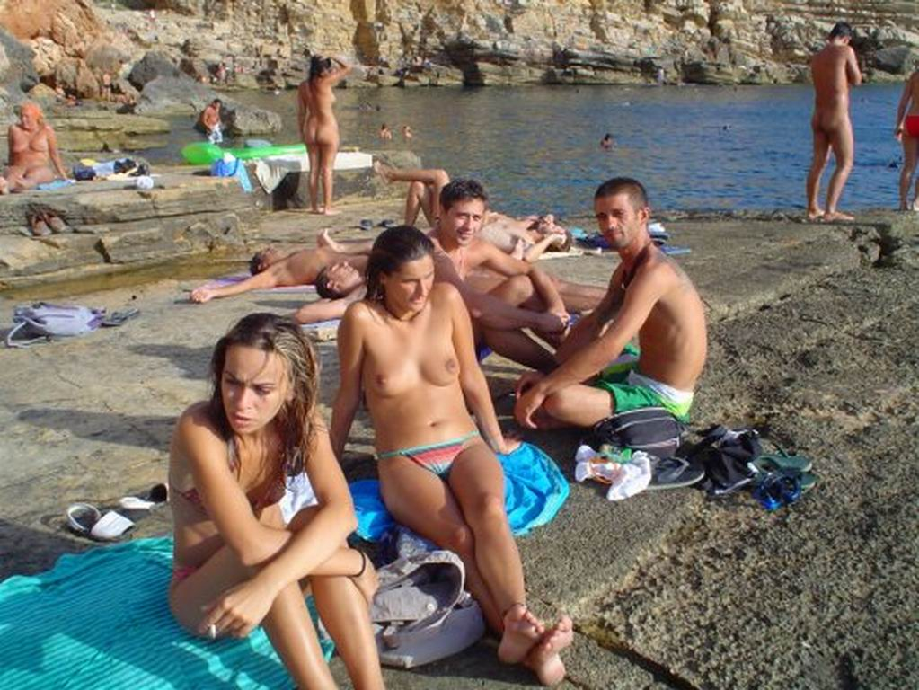 Nudist refuge gulf expose their naked bodies in nature