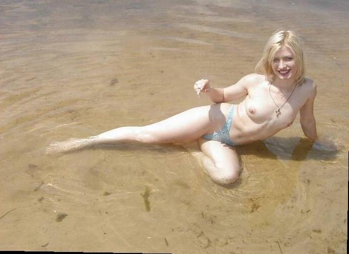 Naked blonde wants a swimming companion to join her