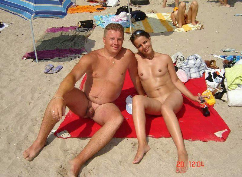 Nudist couple shows their sinful packages on a portrait