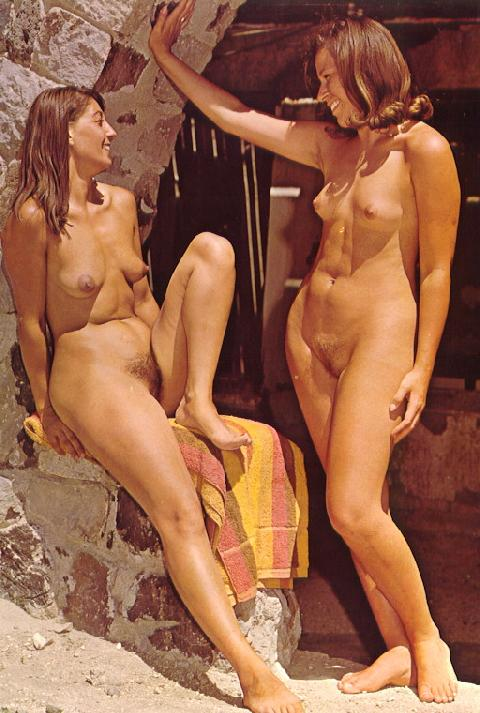 Classic naked beauties fleshing out and musing their sexcapades