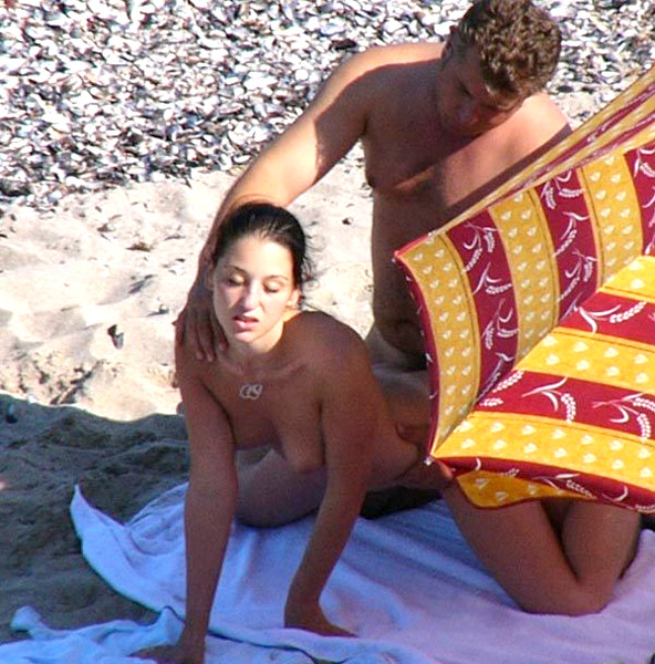 A couple that is having sex on the beach knows how to spend quality time together