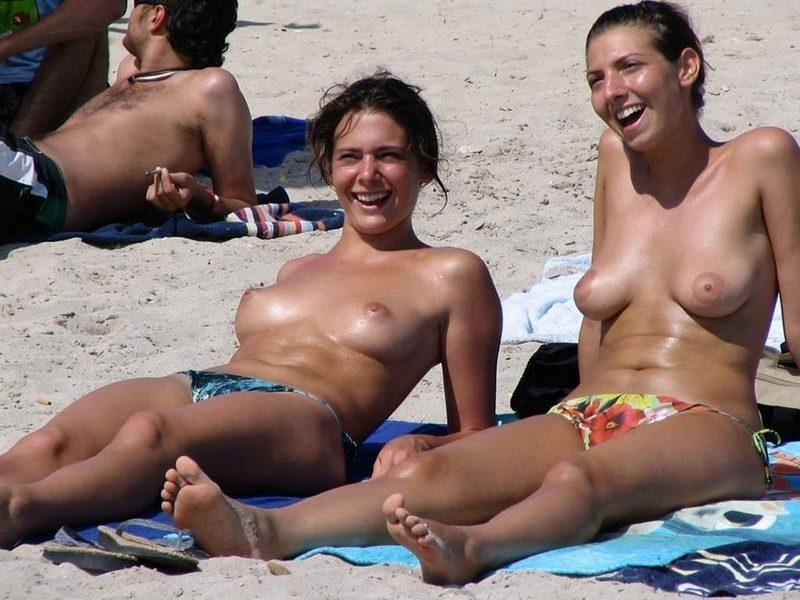 Hammering big titty babes enjoying a sunny day and sunbathing their perky tits