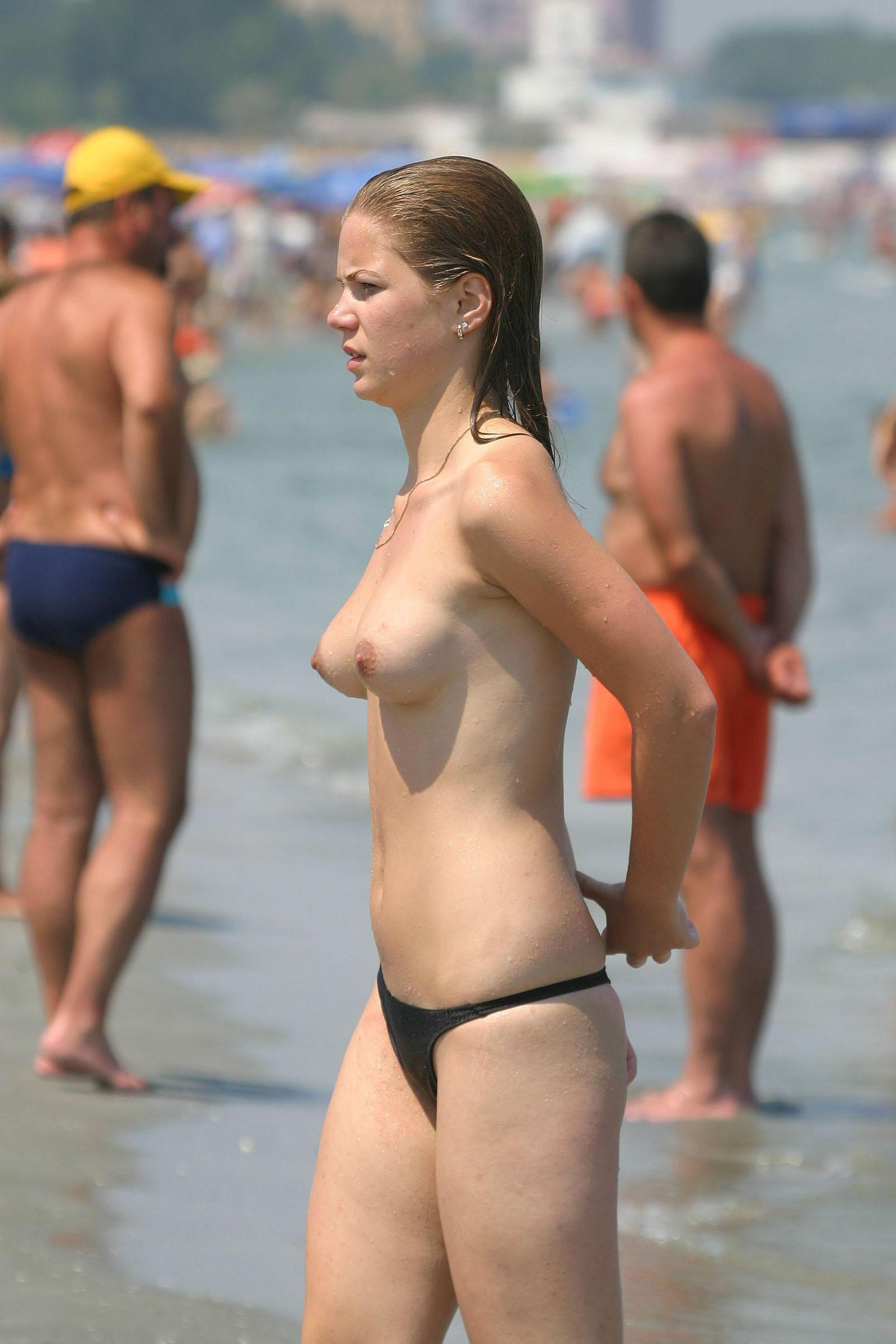 She looks pretty amazing with those pert titties